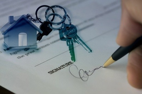 sample bio for new real estate agents